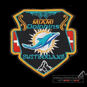 Aufnäher bestellen Laserschnitt: Beispiel Gestickter Aufnäher Miami Dolphins Switzerland